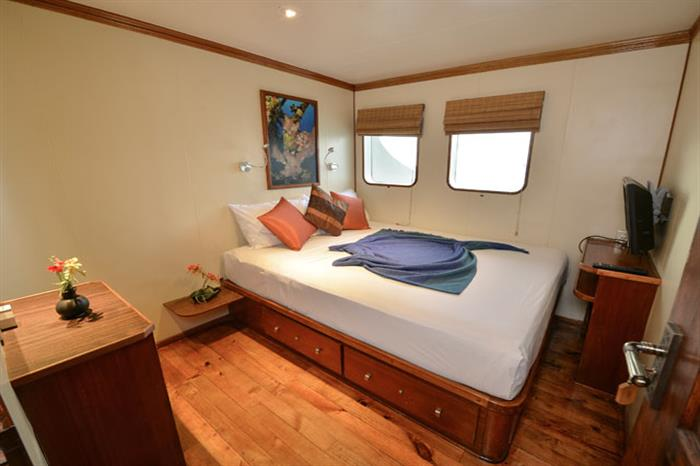Main Deck Double Cabin