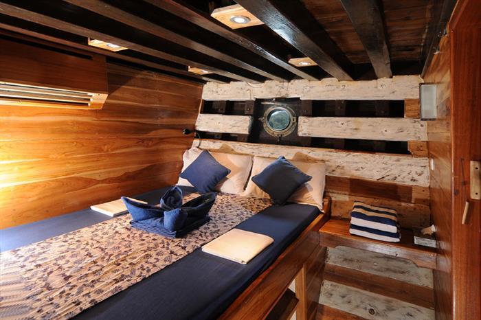 Double Cabin 1