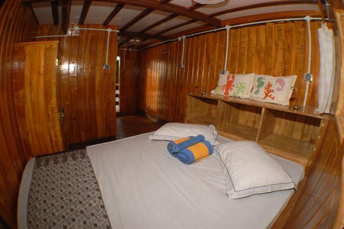Lower Cabin