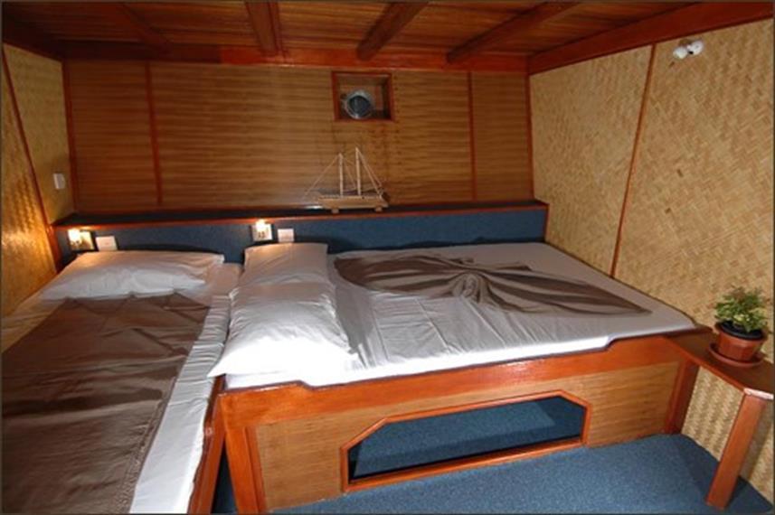 Classic Twin/Double Cabin